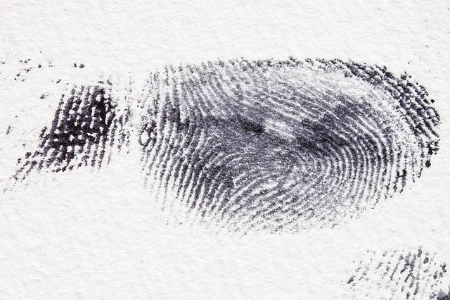 zdjęcie odcisku palca